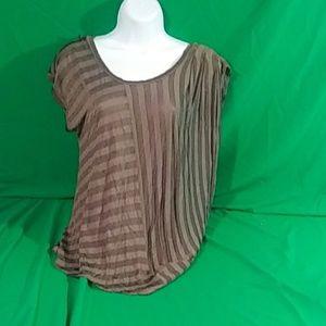 Kardashian kollection stripe short sleeve Small